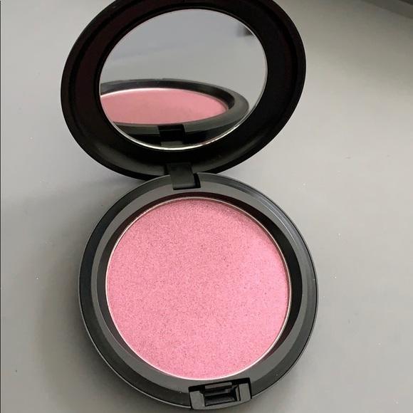 MAC Cosmetics Other - Brand new MAC cosmetics iridescent pressed powder